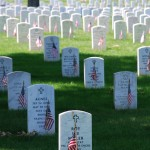 Graves_at_Arlington_on_Memorial_Day (1)